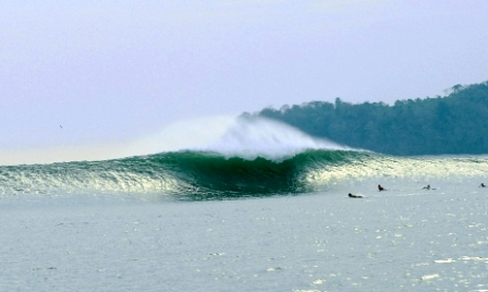 Private panama surf island world famous santa catalina for Surf fishing panama city beach